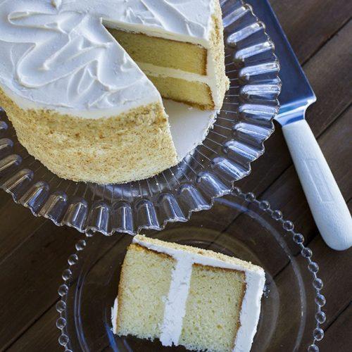 champagne cake at alaska cake studio