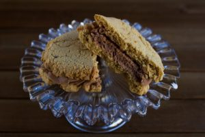 peanut butter sandwich cookies at alaska cake studio